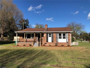 3805 Rolling Road High Point, NC 27265 - Image 1
