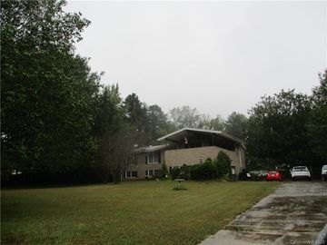 9024 Old Potters Road Charlotte, NC 28269 - Image 1