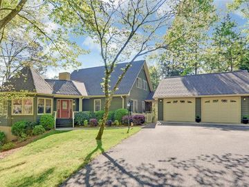 831 Chateau Estates Road Lavonia, GA 30553 - Image 1