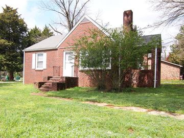 140 & 142 Kenilworth Drive High Point, NC 27260 - Image 1