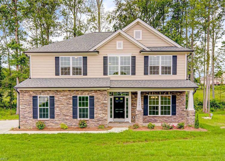 8736 Drummond Estates Drive Kernersville, NC 27284