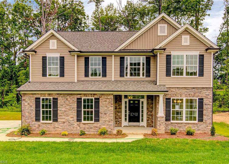 8730 Drummond Estates Drive Kernersville, NC 27284