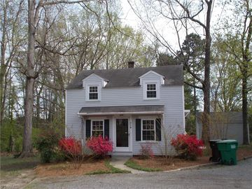 718 Oakview Road High Point, NC 27265 - Image
