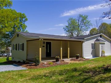 134 East End Avenue Kings Mountain, NC 28086 - Image 1