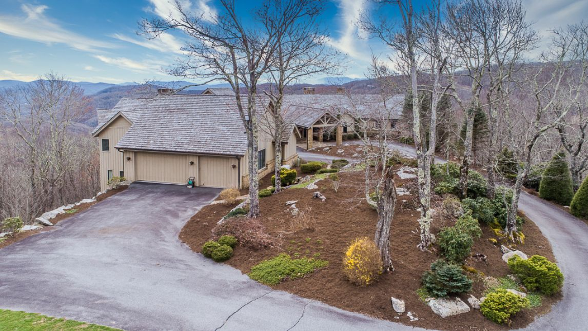 1705 Forest Ridge Drive Linville, NC 28646