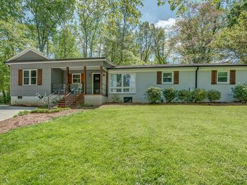 228 Lakeview Drive Belmont, NC 28012 - Image 1