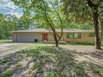 3020 Puetts Chapel Road Dallas, NC 28034 - Image 1