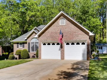 1051 Emerson Drive Mooresville, NC 28115 - Image 1