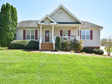 1071 Lavada South Drive Winston Salem, NC 27103 - Image 1