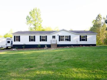 1379 Possum Trot Road Blacksburg, SC 29702 - Image 1