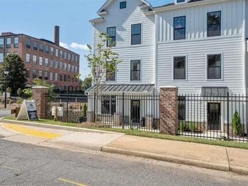 520 Guess Street Greenville, SC 29605 - Image 1