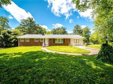 2437 Ardmore Manor Winston Salem, NC 27103 - Image 1