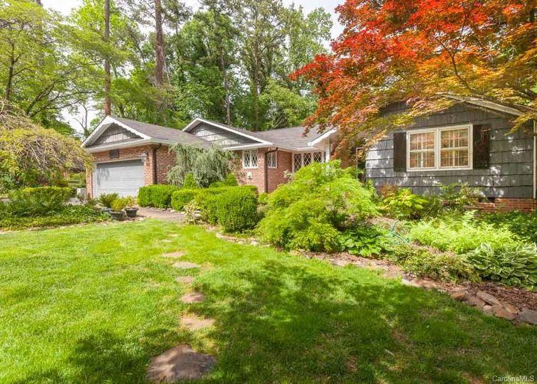 518 Wonderwood Drive Charlotte, NC 28211
