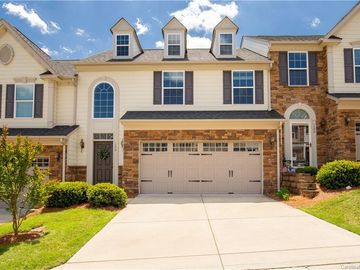 124 Inlet Point Tega Cay, SC 29708 - Image 1