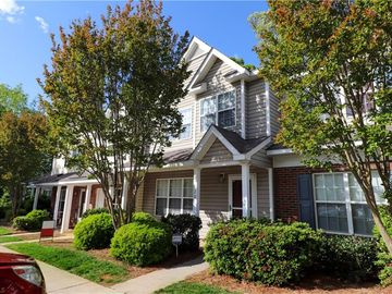 20 Sidney Marie Court Greensboro, NC 27407 - Image 1