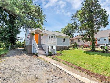 1824 Double Oaks Road Charlotte, NC 28206 - Image 1
