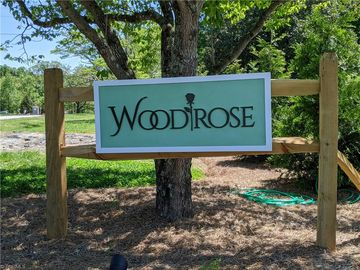 5712 Woodrose Lane Greensboro, NC 27410 - Image