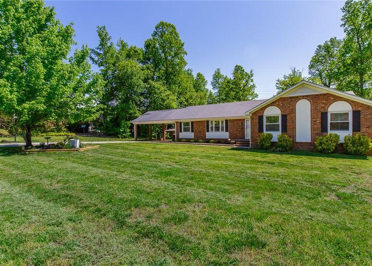 6203 Russwood Drive Pleasant Garden, NC 27313
