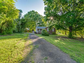 620 Edgehill Drive Monroe, NC 28110 - Image 1