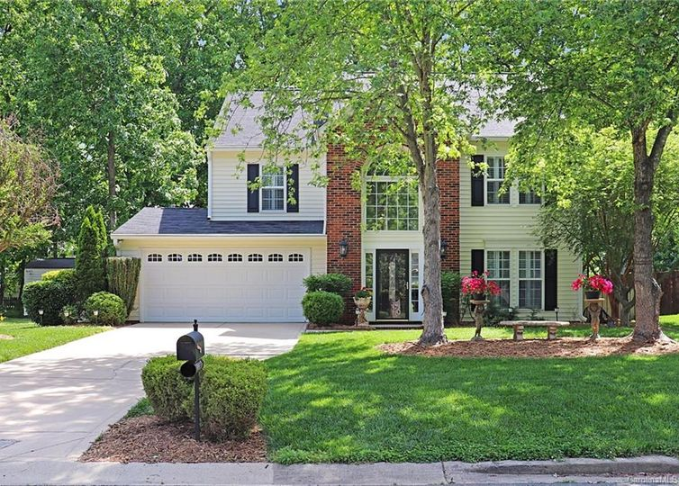 10023 Redbud Tree Court Charlotte, NC 28273