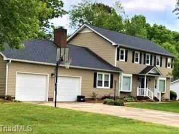 403 O'Neill Drive Jamestown, NC 27282 - Image 1