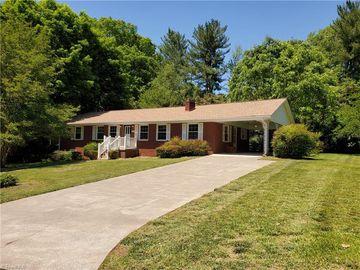 2464 Ardmore Manor Winston Salem, NC 27103 - Image 1