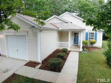 102 Breezemere Court Apex, NC 27502 - Image 1