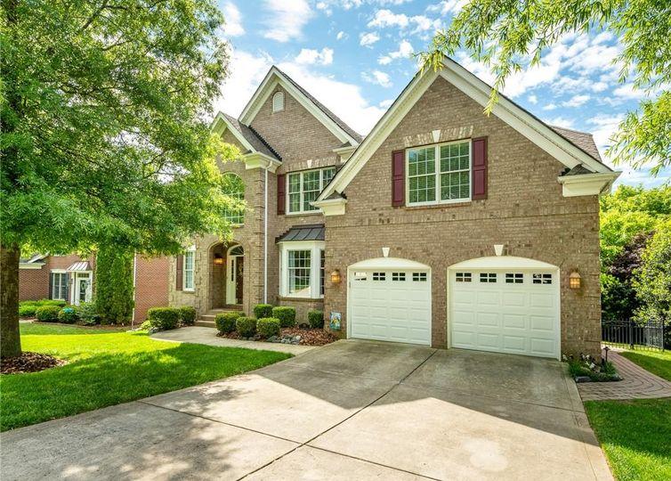 711 Ashgrove Lane Charlotte, NC 28270