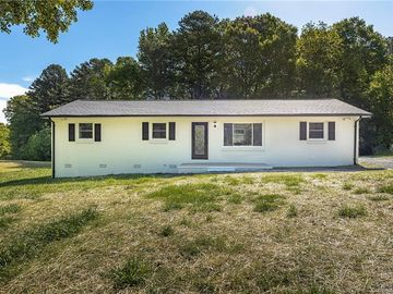 222 Newbold Street Lincolnton, NC 28092 - Image 1