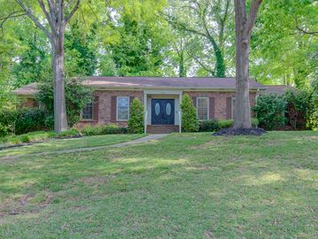 320 Lakewood Circle Greer, SC 29651 - Image 1