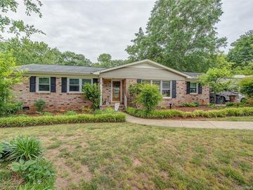 902 Spring Garden Drive Shelby, NC 28150 - Image 1
