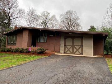 807 Kentwood Drive Statesville, NC 28677 - Image 1