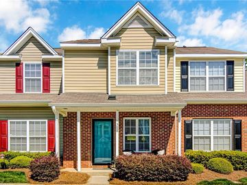 508 Canary Court Greensboro, NC 27409 - Image 1