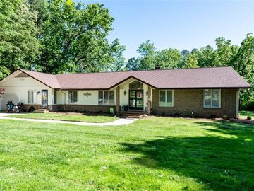 4007 Belvoir Drive Greensboro, NC 27406 - Image 1