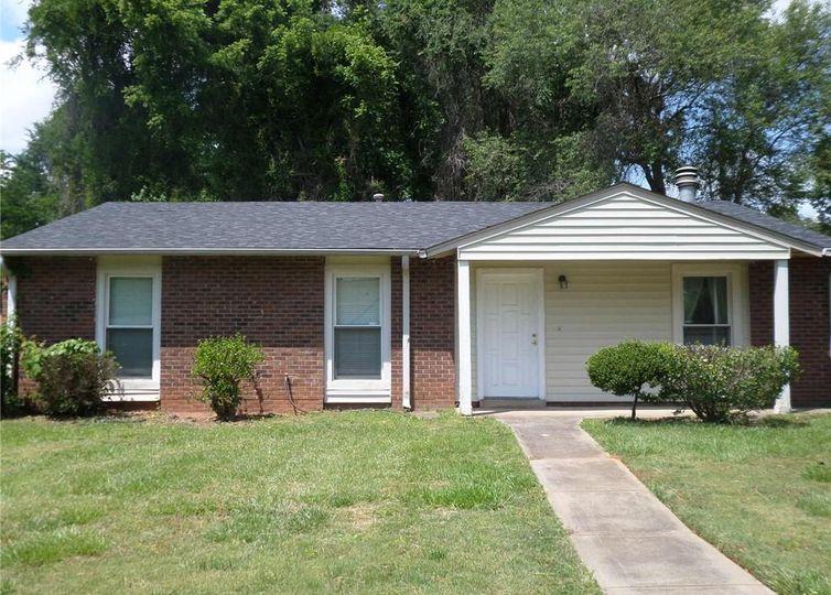 3523 Spring Terrace Lane Charlotte, NC 28269