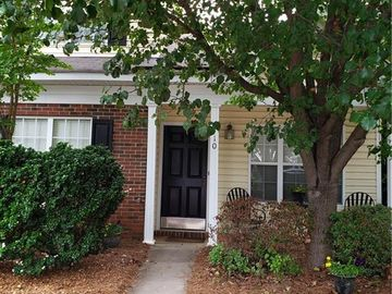 10 Sidney Marie Court Greensboro, NC 27407 - Image 1