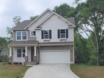 105 Elk Court Mount Holly, NC 28120 - Image 1