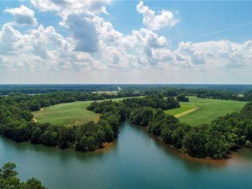 34 Lake Pointe Road Hartwell, GA 30643 - Image 1