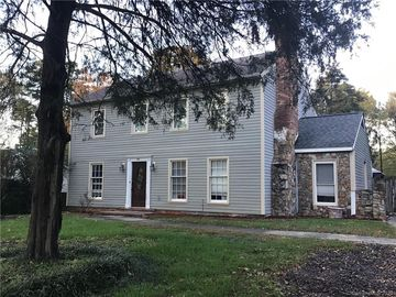 825 Lightwood Drive Matthews, NC 28105 - Image