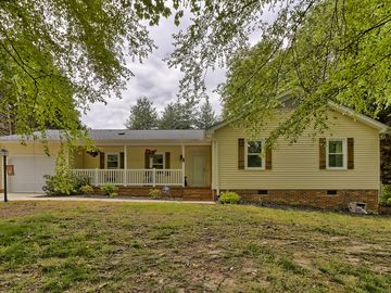 107 Quincy Drive Greer, SC 29650 - Image 1