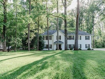 9027 Leah Meadow Lane Charlotte, NC 28227 - Image 1