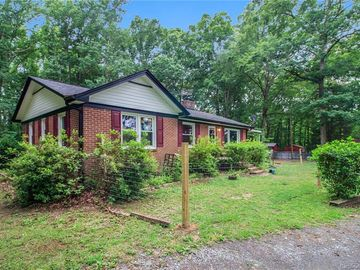 862 Old Limestone Road E York, SC 29745 - Image 1