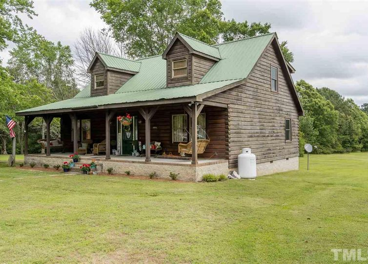 6704 Log Home Road Wendell, NC 27591