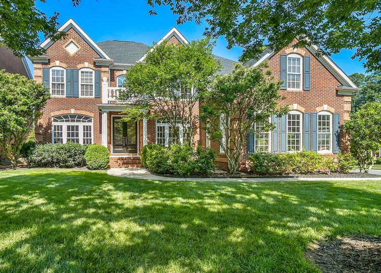 5743 Summerston Place Charlotte, NC 28277