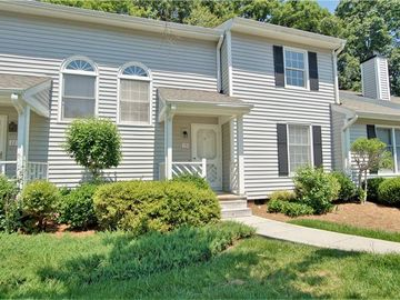 15 Appletree Lane Greensboro, NC 27455 - Image 1