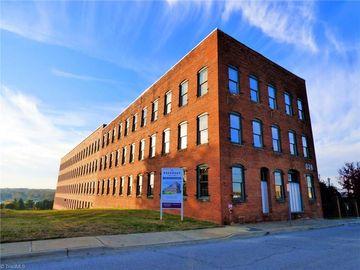836 Oak Street Winston Salem, NC 27101 - Image 1