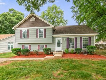 3206 Periwinkle Court Charlotte, NC 28269 - Image 1