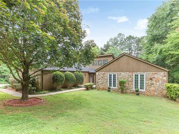 203 Mockingbird Circle Seneca, SC 29672 - Image 1