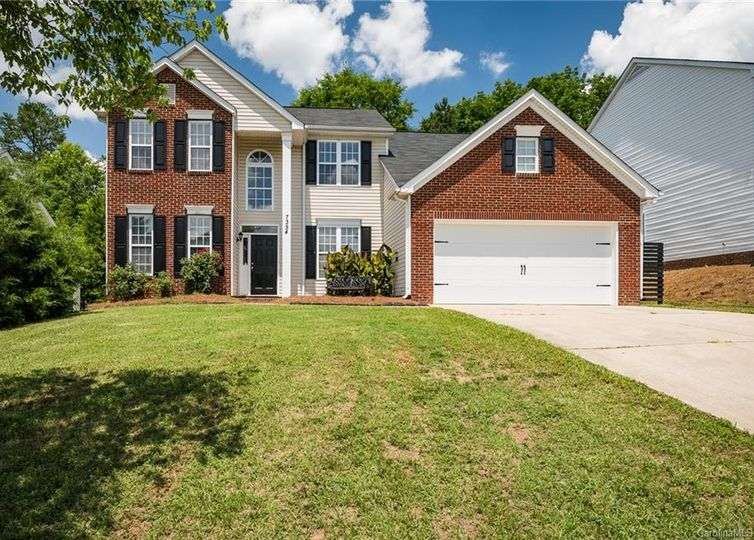 7354 Sugar Maple Lane Charlotte, NC 28215