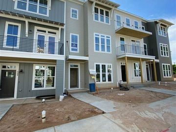 722 Peakland Place Raleigh, NC 27604 - Image 1